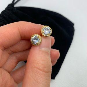 NEW Cubic Zirconia Stud earrings 8mm
